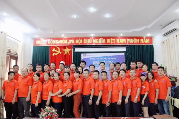 """COURSE """"PROFESSIONAL MANAGEMENT SKILLS"""" OF HA GIANG PETROL AND OIL COMPANY"""